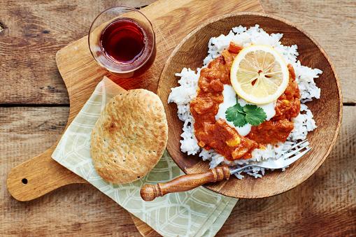 Chicken Tikka「Seitan Tikka Masala on rice with soy yogurt and served with paratha breads and tea」:スマホ壁紙(12)