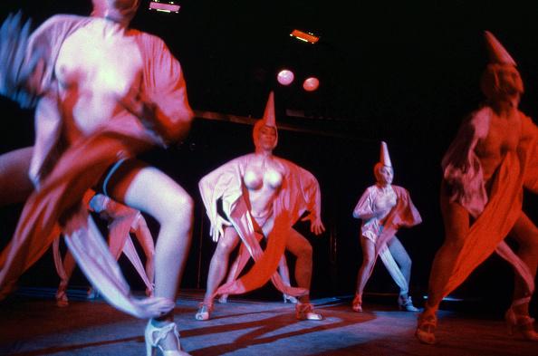 Philippe Le Tellier「Lido Cabaret」:写真・画像(13)[壁紙.com]