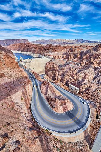Hairpin Curve「Hoover Dam, Nevada,USA」:スマホ壁紙(0)