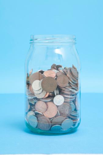 Budget「Glass Jar of coins」:スマホ壁紙(11)