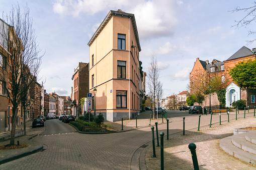 City of Brussels「Street close to park Square Ambiorix, Brussels, Belgium」:スマホ壁紙(17)
