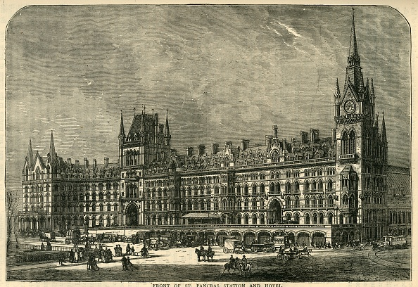 City Life「Front Of St Pancras Station And Hotel」:写真・画像(5)[壁紙.com]