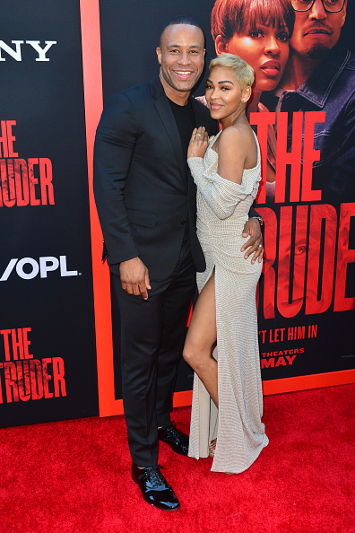 "Thigh High Slit「Screen Gems Premiere Of ""The Intruder"" - Arrivals」:写真・画像(6)[壁紙.com]"