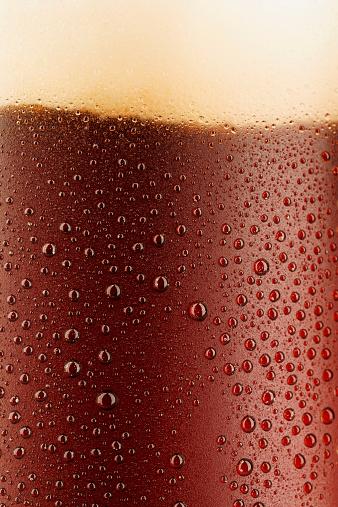 伝統的な祭り「冷たいビールの背景」:スマホ壁紙(1)