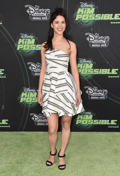 "Striped Dress「Premiere Of Disney Channel's ""Kim Possible"" - Arrivals」:写真・画像(15)[壁紙.com]"