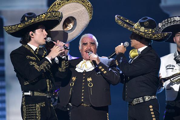 Latin Grammy Awards「The 20th Annual Latin GRAMMY Awards - Show」:写真・画像(12)[壁紙.com]