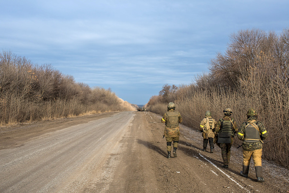 Empty Road「Ukraine Calls For UN Peacekeepers To Enforce Ceasefire After Withdrawal From Debaltseve」:写真・画像(16)[壁紙.com]
