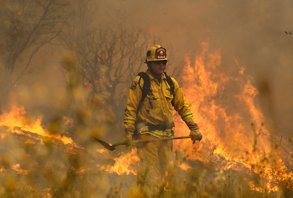 カリフォルニア州「Wildfire Grows Rapidly In California's Lake County」:写真・画像(13)[壁紙.com]