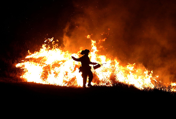 カリフォルニア州「Rocky Fire Expands To 60,000 Acres In Drought-Ridden Northern California」:写真・画像(17)[壁紙.com]