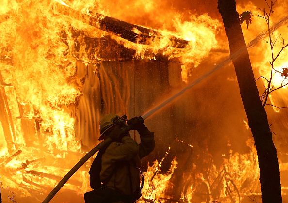 California「Rapidly-Spreading Wildfire In California's Butte County Prompts Evacuations」:写真・画像(5)[壁紙.com]