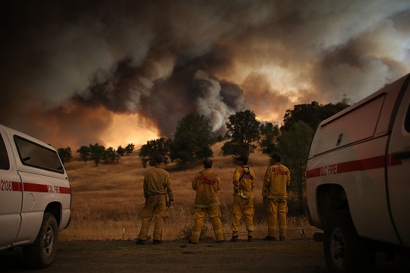カリフォルニア州「Rocky Fire Grows To 23,000 Acres In Drought-Ridden Northern California」:写真・画像(14)[壁紙.com]