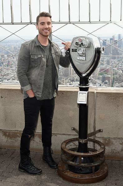 "Empire State Building「""American Idol"" Winner Nick Fradiani Visits The Empire State Building」:写真・画像(6)[壁紙.com]"