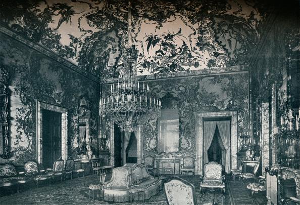 Madrid Royal Palace「Large salon with porcelain ceiling, Royal Palace, Madrid, c1927」:写真・画像(3)[壁紙.com]