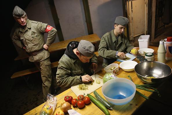 Salad「Visitors Get True DDR Experience At Bunker Museum」:写真・画像(11)[壁紙.com]