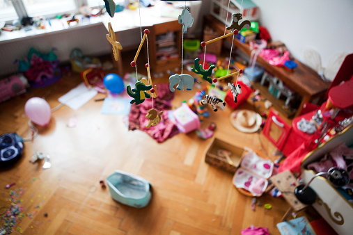 Chaos「kids room in chaos」:スマホ壁紙(14)