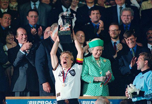 Sports Championship「1996 UEFA Euro Championships Final Germany v Czech Republic」:写真・画像(1)[壁紙.com]