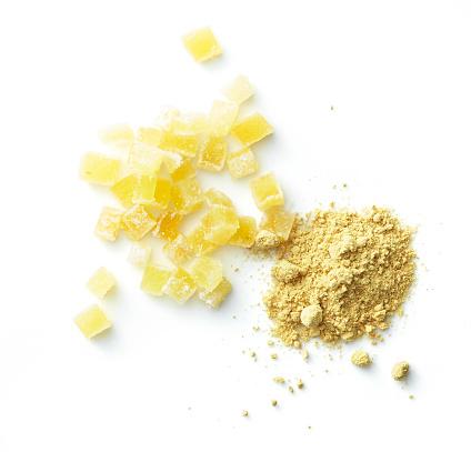 Ginger - Spice「Overhead powdered ginger & ginger candy on white」:スマホ壁紙(18)