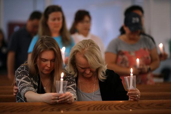 Religious Mass「12 Dead In Mass Shooting At Virginia Beach Municipal Center」:写真・画像(16)[壁紙.com]