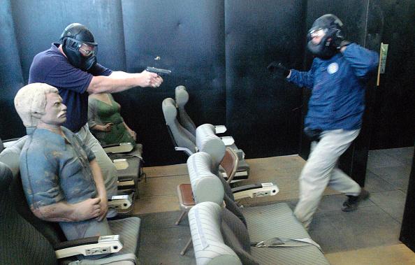 Self-Defense「TSA Instructors Teach Pilots Defensive Tactics」:写真・画像(17)[壁紙.com]