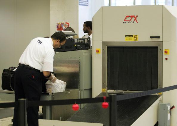 Explosive「TSA Announces Funds For Explosive Detection System」:写真・画像(3)[壁紙.com]