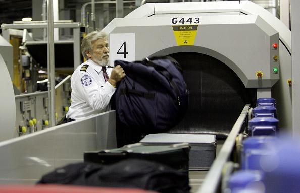 Security「TSA Demonstrates New Baggage Screening System」:写真・画像(10)[壁紙.com]