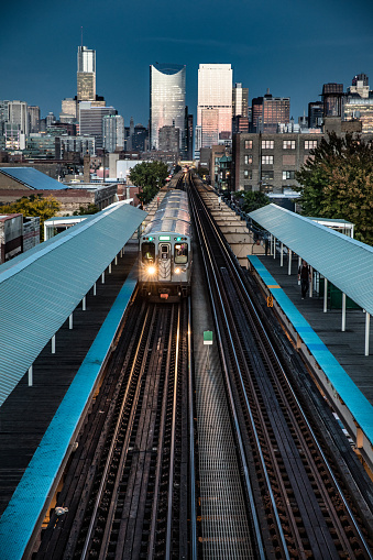 Passenger Train「Transportation in downtown Chicago, IL」:スマホ壁紙(14)