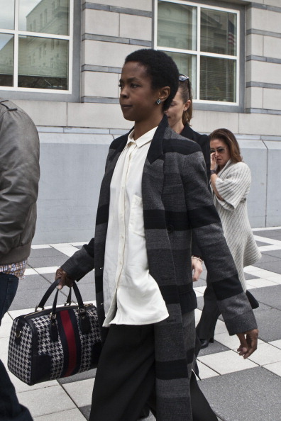 Paying「Lauryn Hill Court Appearance」:写真・画像(11)[壁紙.com]