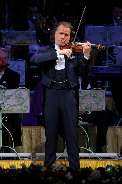 Hammerstein Ballroom「Andre Rieu Performs At The Hammerstein Ballroom」:写真・画像(6)[壁紙.com]