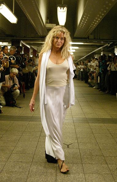 Mark Mainz「Yeohlee Spring 2005 - Runway」:写真・画像(8)[壁紙.com]