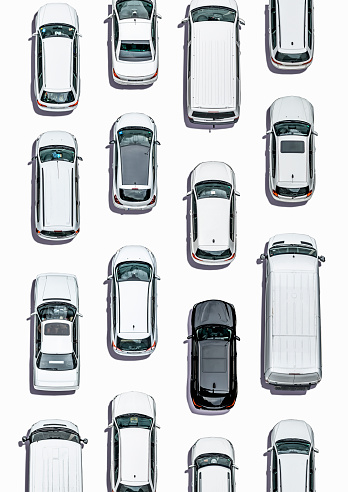 Layered「Cars on white subsurface, Aerial View」:スマホ壁紙(12)