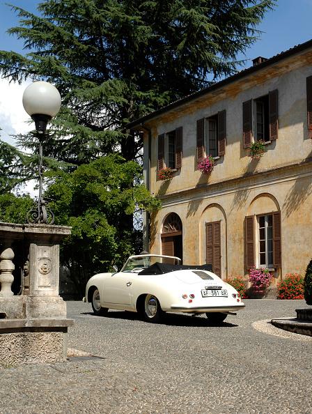 Circa 14th Century「1954 Porsche 356 1300S Cabriolet」:写真・画像(12)[壁紙.com]