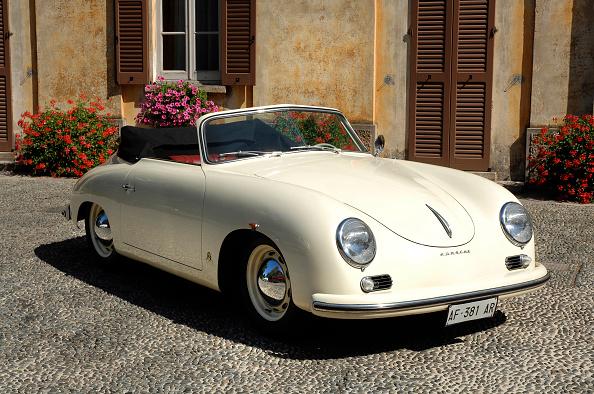 Circa 14th Century「1954 Porsche 356 1300S Cabriolet」:写真・画像(19)[壁紙.com]