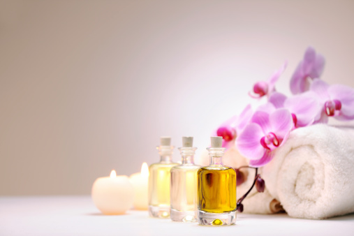 Massage Oil「Aromatherapy oil」:スマホ壁紙(13)