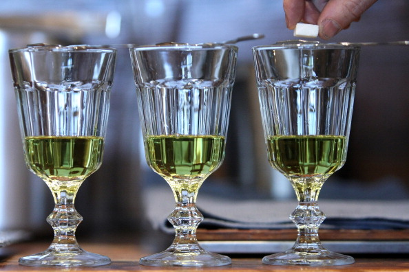 Drinking Glass「EU Remains Divided On Absinthe Definition」:写真・画像(14)[壁紙.com]