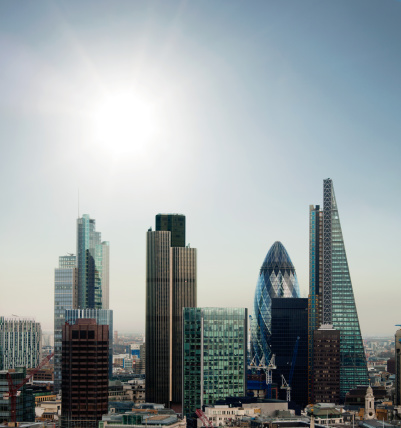122 Leadenhall Street「The City of London financial district with sun」:スマホ壁紙(3)