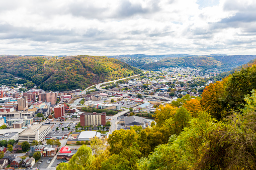 Pennsylvania「The City Of Johnstown Pennsylvania From The Highest Point」:スマホ壁紙(4)