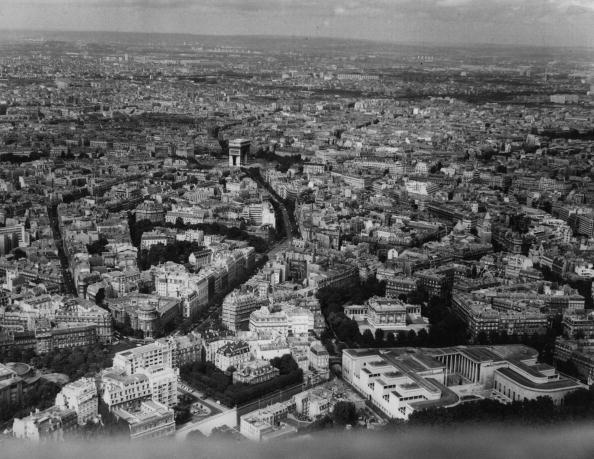 Arc de Triomphe - Paris「Aerial Paris」:写真・画像(12)[壁紙.com]