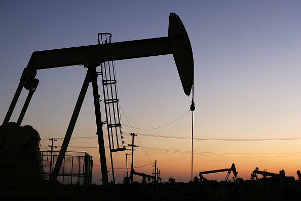Oil Industry「High Oil Prices Continue To Drive Gas Prices Steadily Upwards」:写真・画像(2)[壁紙.com]