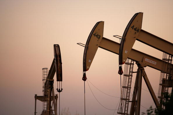 Industry「High Oil Prices Continue To Drive Gas Prices Steadily Upwards」:写真・画像(2)[壁紙.com]