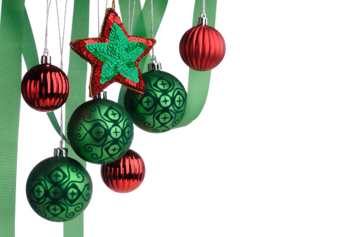 ベロア「クリスマスの背景にグリーンと赤に垂れ下がるバウブル」:スマホ壁紙(19)