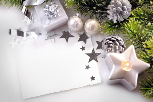 Pine Cone「Christmas background in white,green and silver」:スマホ壁紙(5)