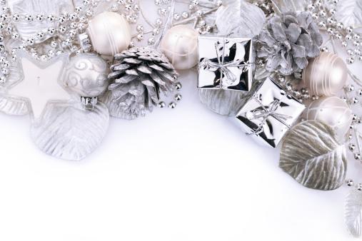 冬「クリスマスの背景に白とシルバー」:スマホ壁紙(19)
