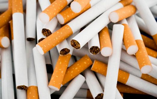 Cigarette「Cigarettes randomly piled in a large heap」:スマホ壁紙(1)