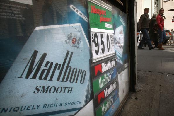 Cigarette「Smokers Face Historic Tobacco Tax Increase」:写真・画像(17)[壁紙.com]