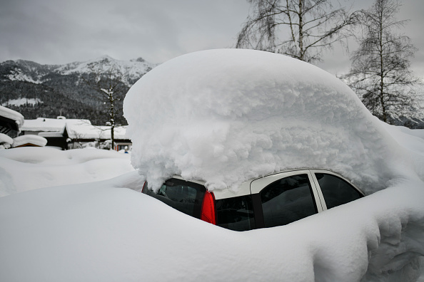 Snow「Austria And Southern Germany Inundated With More Snow」:写真・画像(15)[壁紙.com]