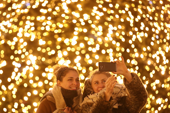 Christmas Decoration「Christmas Markets Open Across Germany」:写真・画像(7)[壁紙.com]