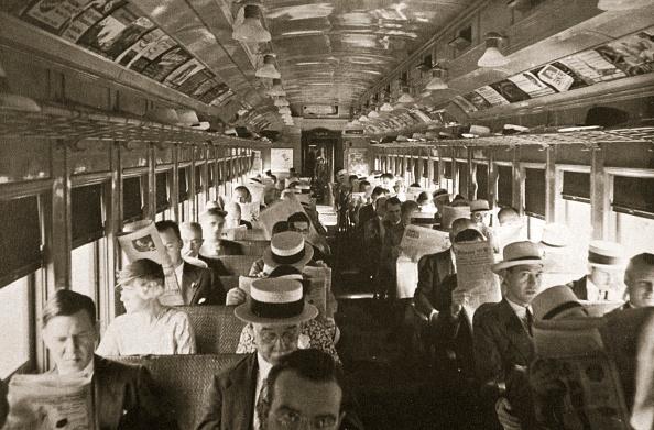 Transportation「Rail Commuters New York USA circa 1920s-circa 1930s」:写真・画像(13)[壁紙.com]