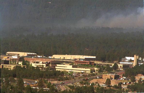 Los Alamos National Laboratory「Fire Destroys Homes in Los Alamos, New Mexico」:写真・画像(16)[壁紙.com]