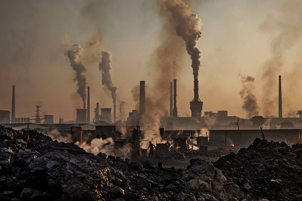 Environment「Illegal Steel Factories Dodge China Emissions Laws」:写真・画像(2)[壁紙.com]