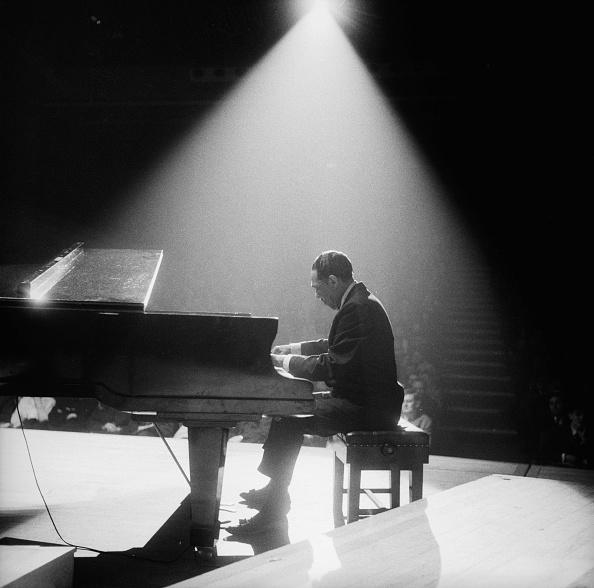 Piano「Duke In The Spotlight」:写真・画像(8)[壁紙.com]
